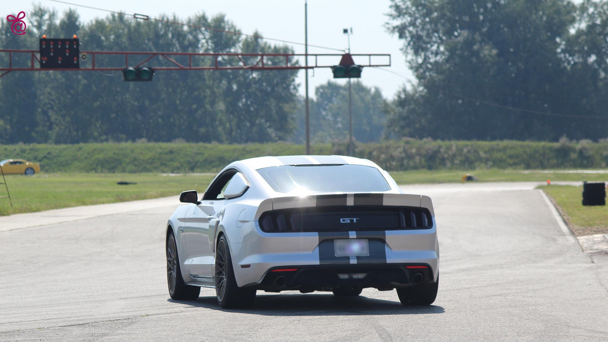 Mustang GT 2016 vezetés - Élj a mának - Élményvezetés afceb6bfda