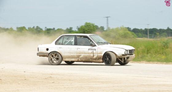 BMW E30 16