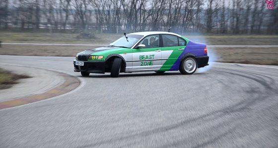 BMW E46 330i 02